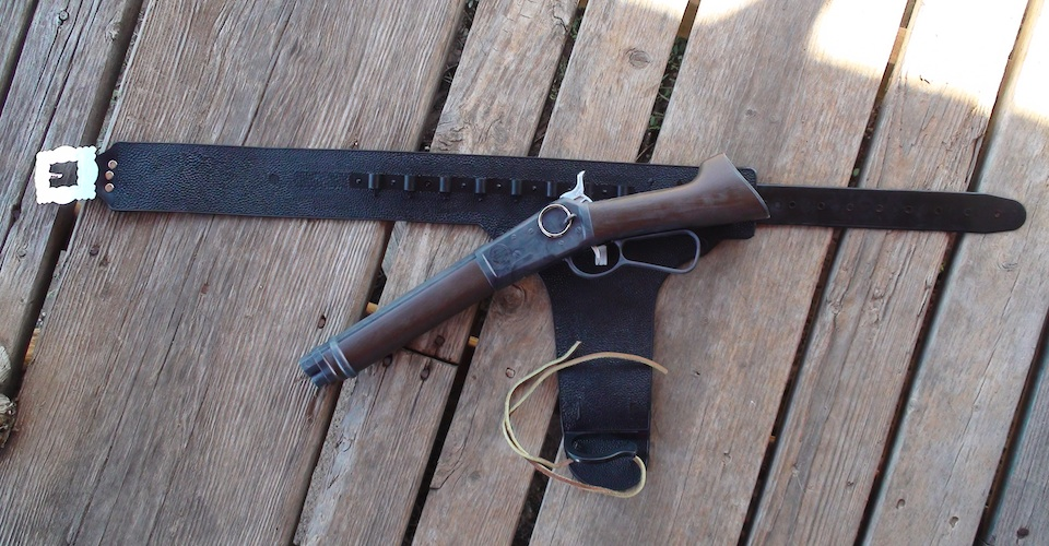 Wanted Dead Or Alive Mair's Laig (Mares Leg) U.S.A. made clicker pistol rifle and holster