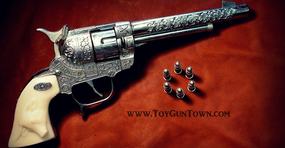 Wild West Toys Bronco 44 toy cap gun rancher model