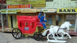 Plastic Toy Cowboys and Indians, Toy Soldiers, Playsets, Plastic Toys